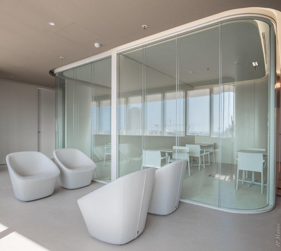 GreenForest - mobilier de birou 02-1 Projects