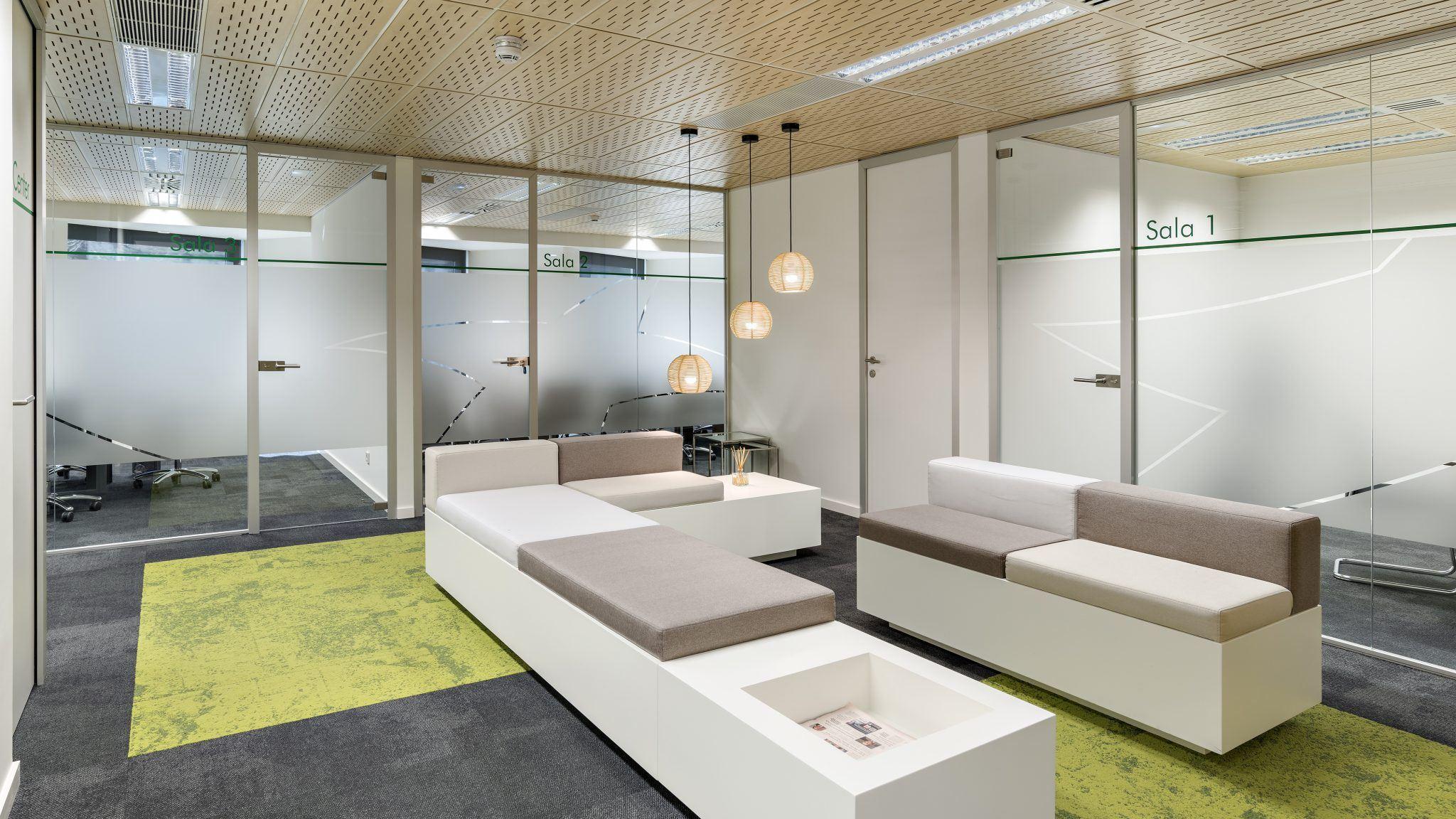 GreenForest - mobilier de birou 02 Projects